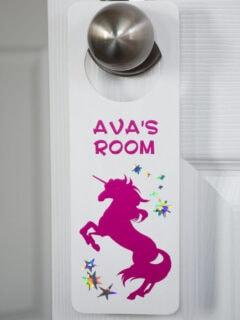 diy door knob hanger for a kids room