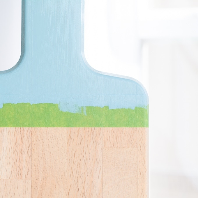 painting the cutting board