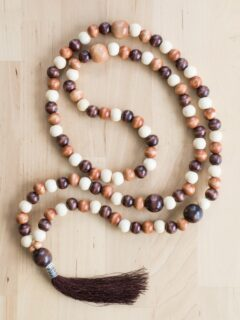 finished DIY mala on a table