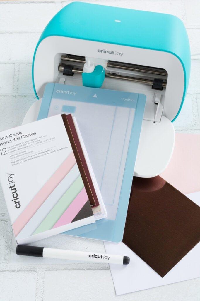Cricut Joy and card cutting materials
