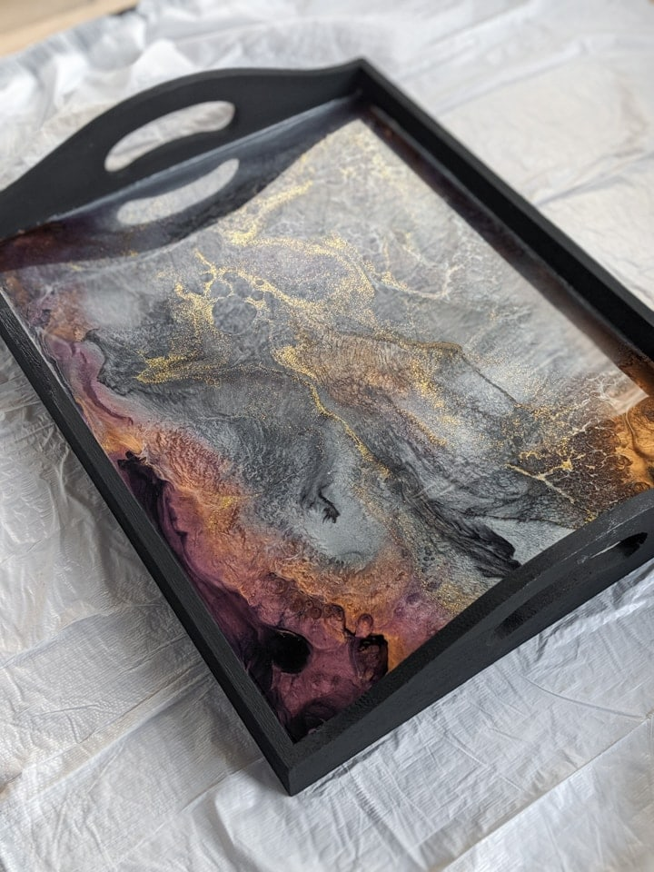 finished resin tray