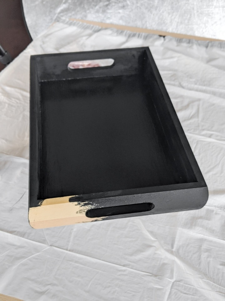 painting a wooden tray black