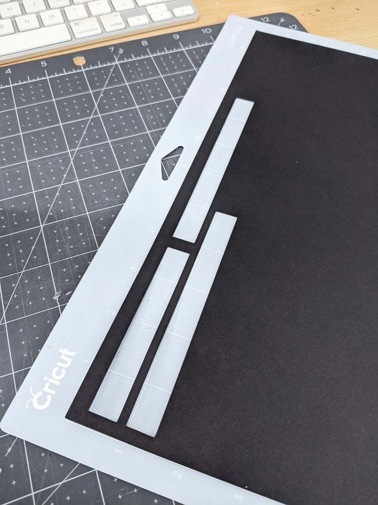 cutting kraft board on a cricut