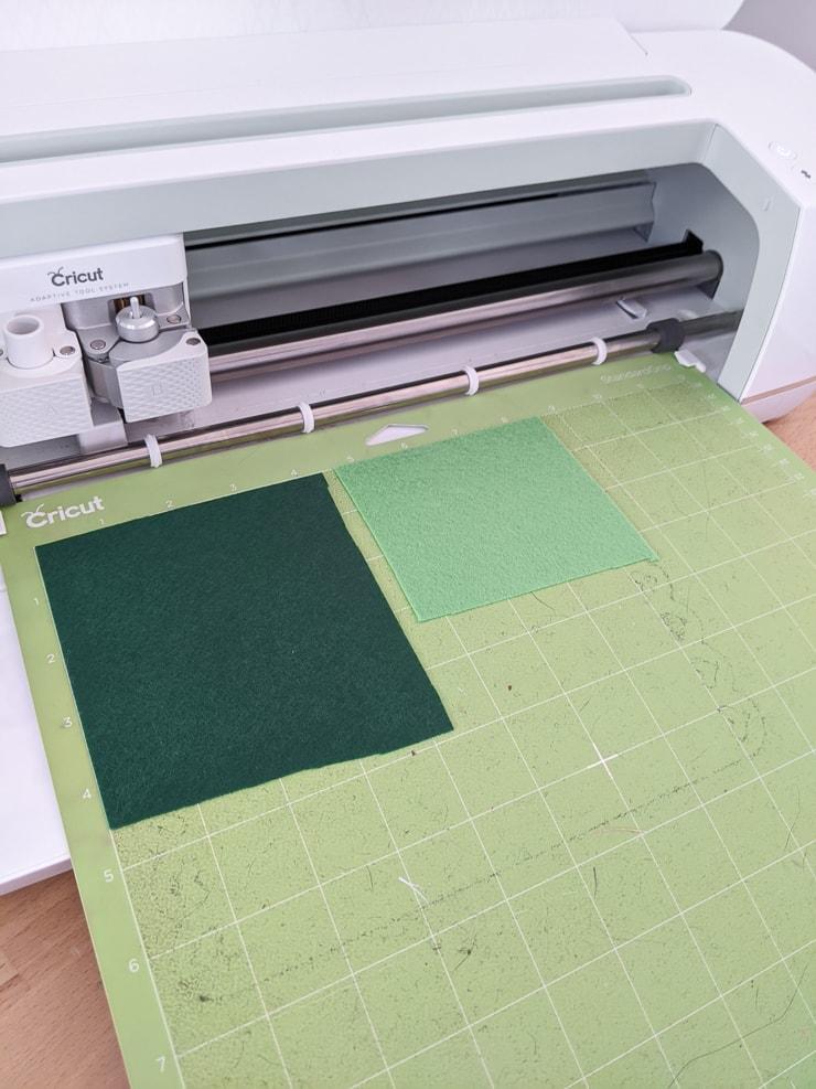 Felt on a green Cricut mat