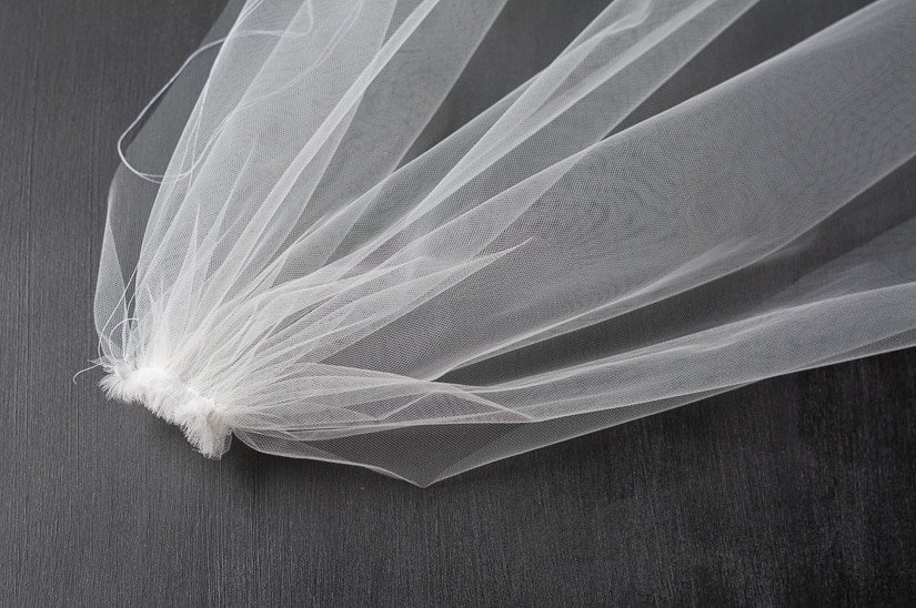 gathered tulle to make a DIY veil