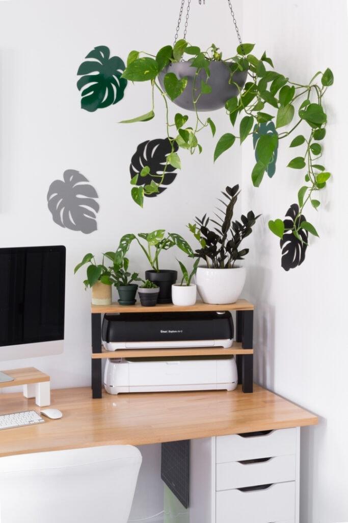 chipboard monstera leaf wall decor made using a Cricut machine