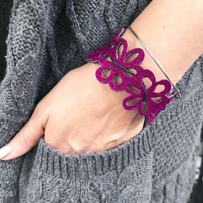 felt flower bracelet